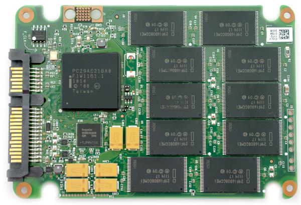 Intel SSD 320 pcb top
