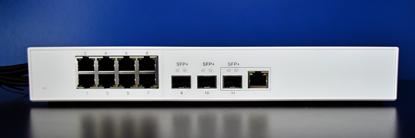 QNAP QSW-308-1C front