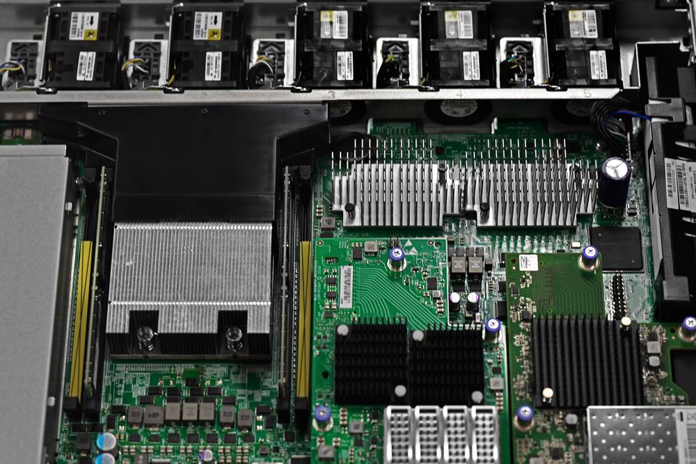 NetApp AFF A250 inside controller