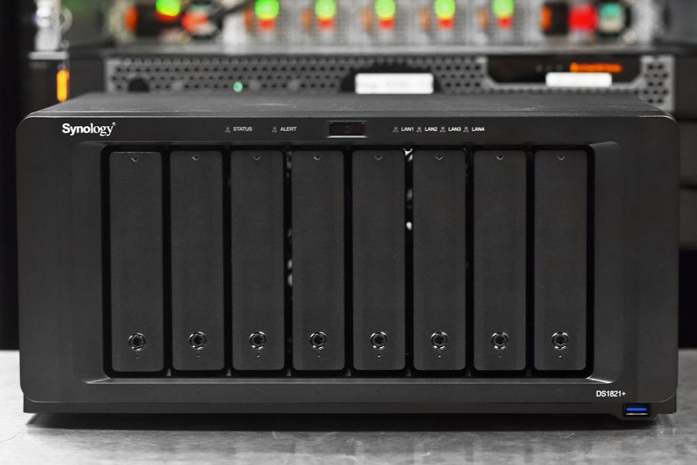 Synology DiskStation DS1821+ front