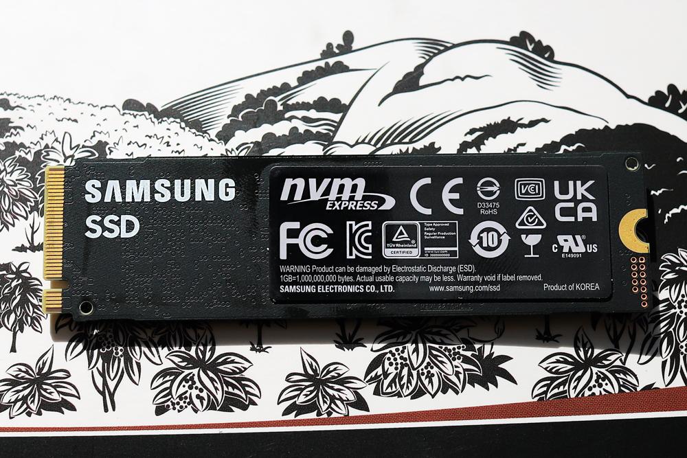 Samsung 980 pro 2tb back