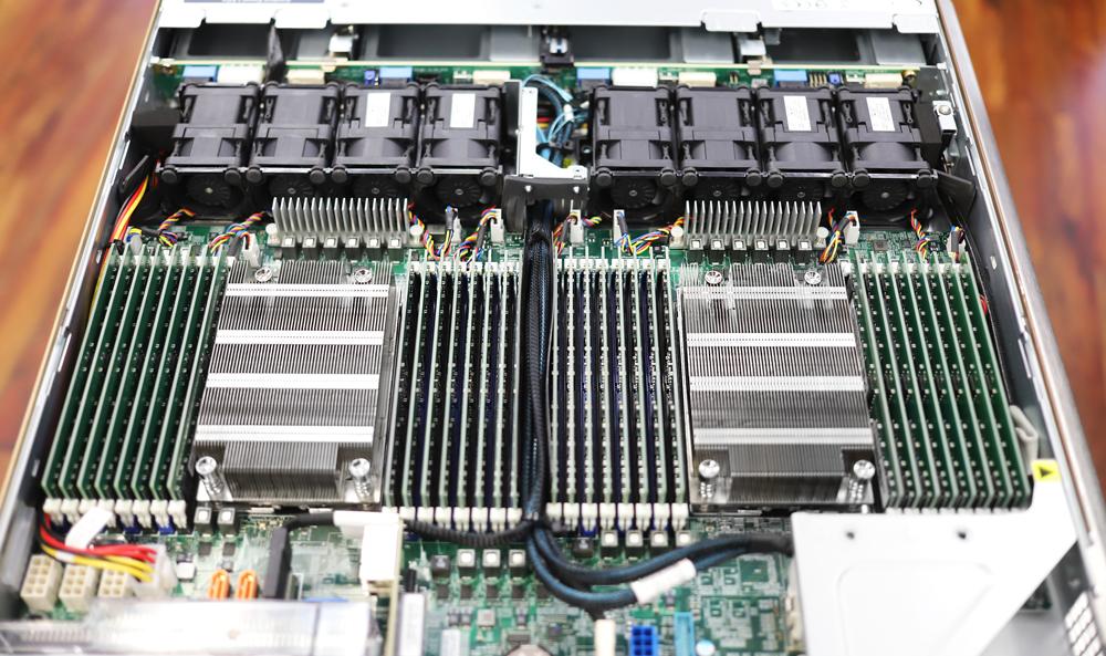 Supermicro 1024US-TRT DRAM