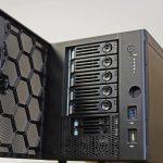 iXsystems TrueNAS mini bays