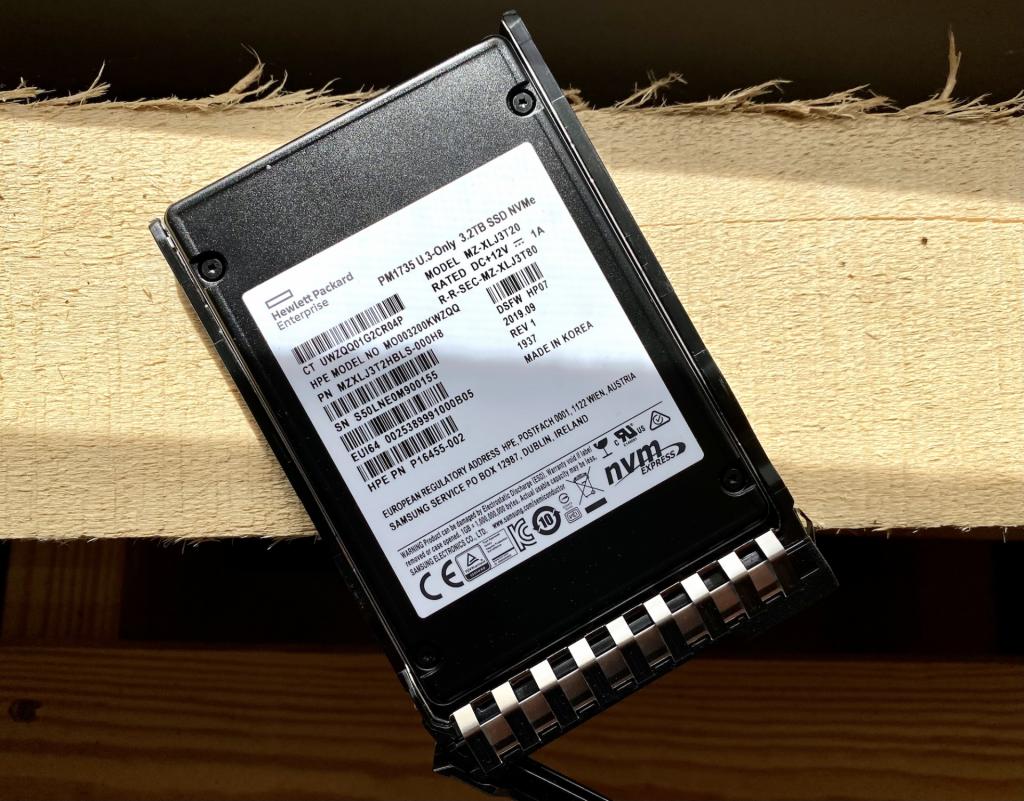 Samsung PM1735