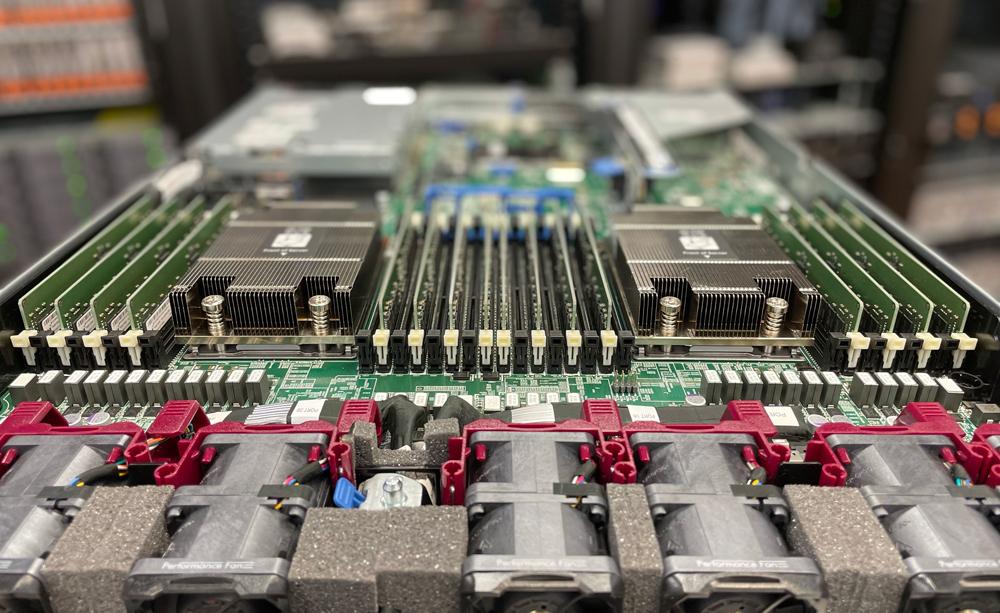 HPE ProLiant DL365 Gen10 Plus CPUs