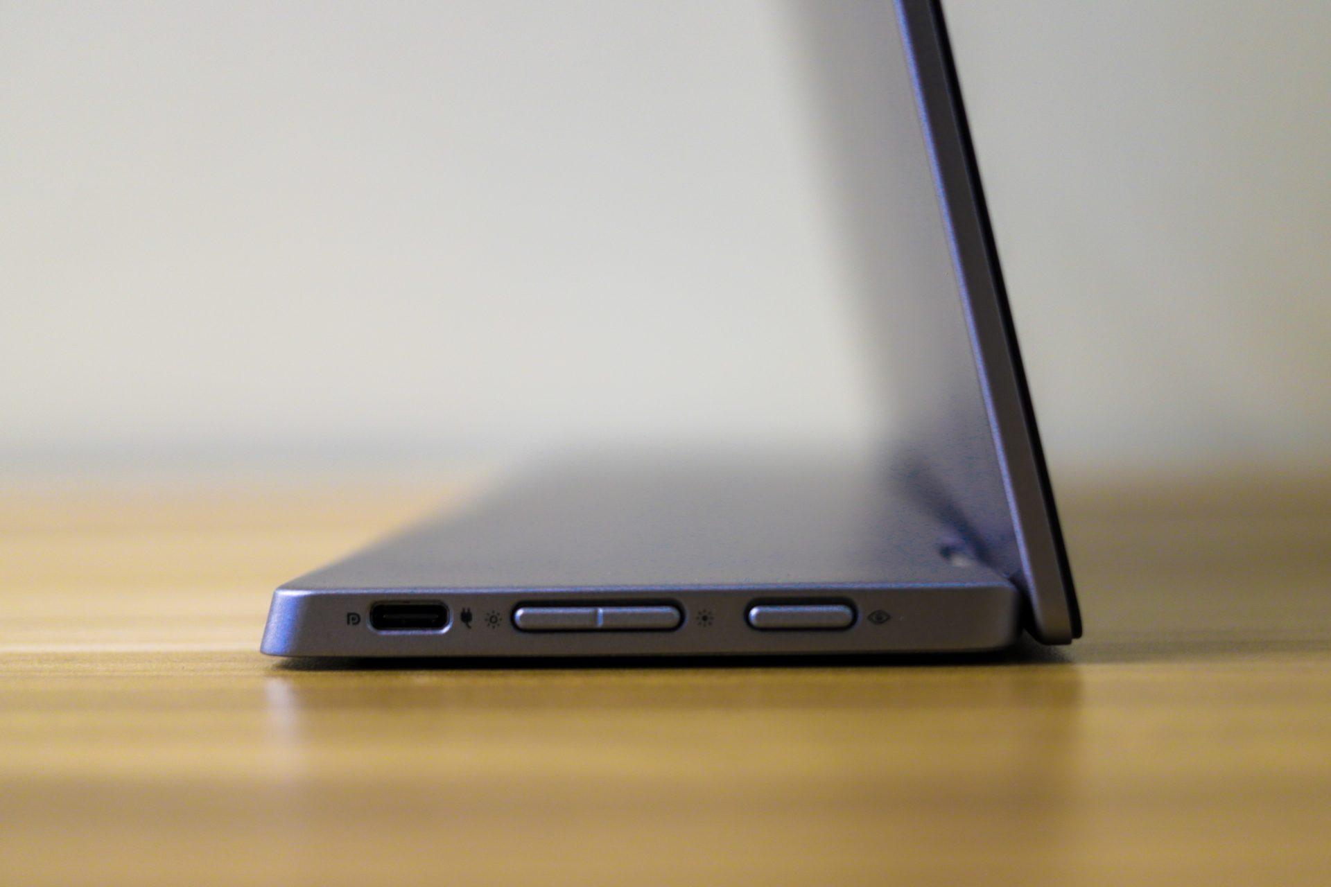 Dell 14 Portable Monitor (C1422H) side