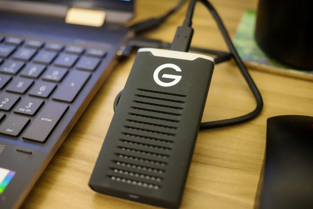SanDisk Professional G-DRIVE SSD laptop